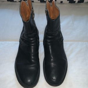 Men's leather.  Ankle Boot !!!